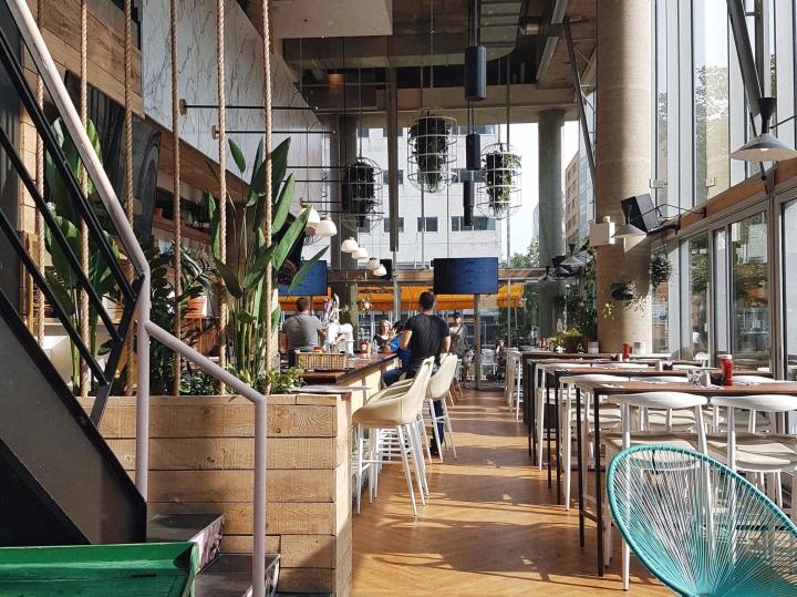 Le sublime et nouveau café-bar près de l'UQAM à essayer cetautomne